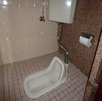 和式トイレ3台