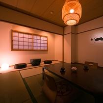 落ち着きのある清潔感にあふれる和室は旅情緒を演出します。