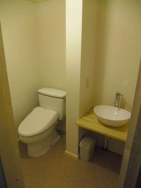 洗浄機付トイレ2階和室8畳