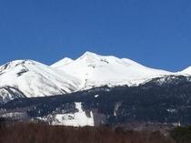 残雪の乗鞍岳