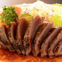 【鹿肉ステーキ】