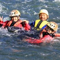 【川遊び】ニセコの川は冷たいけれど、とっても貴重な体験ができます!