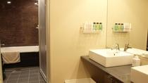 新館/和洋室(55㎡)客室風呂・洗面所