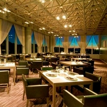 創作イタリアンは最上階の「レストラン藤原」で、ゆっくりとお召上がりいただきます。