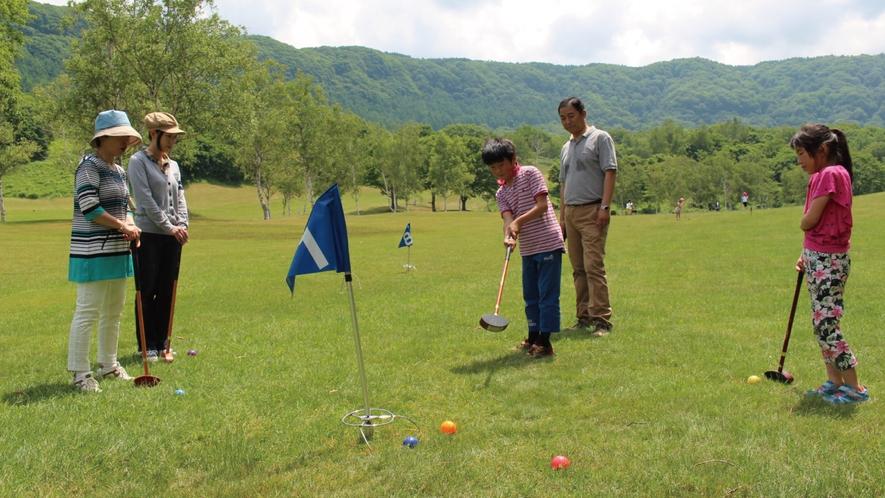 【グラウンド・ゴルフ】今人気のアクティビティ!ルールが簡単で三世代で一緒に遊べます♪
