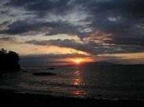 「海側のお部屋」・「展望風呂」より眺められる日の出