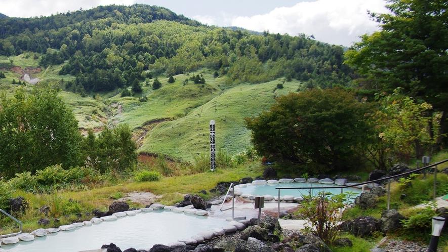 【こまくさの湯】夏期限定で「ぬる湯」(約37℃)をご用意しております