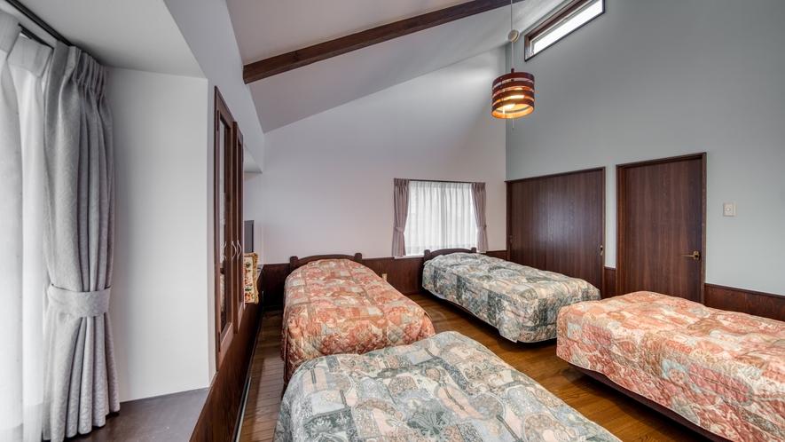 やまぼうし/定員:2名〜4名 2階はベッドルーム