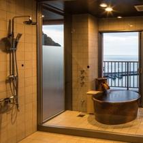 最上階(7階)海一望半露天風呂付き特別室【禁煙】