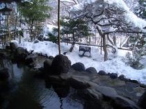 露天からの雪景色