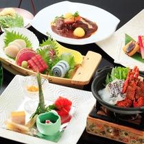 *夕食一例/熱海ならではの魚介類を中心に旬を取り入れた会席料理をお楽しみ下さい。