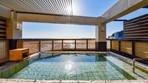 *展望露天風呂『貫一の湯』/最上階にある解放感No.1のお風呂。太平洋を一望できます!