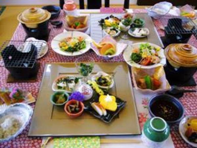 小さな宿の【朝食】は 品数も多く ヘルシーで満腹♪