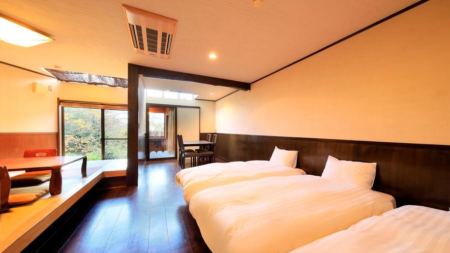 露天風呂付き客室(B-3)|ツインベッドは移動も可能です。