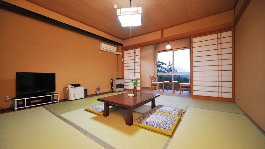 ・和室8畳トイレなし 清潔感のある落ち着いた雰囲気の和室空間。