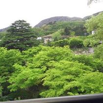 *大浴場からの景色(初夏・5月)