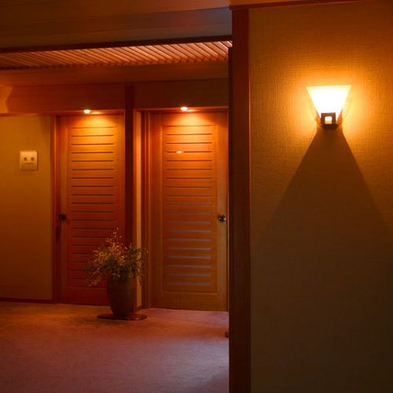 【直前割】特別室が3000円引◆一番人気の華やぎ懐石お部屋食◆『極上スイート』で深い寛ぎを