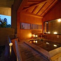 ■檜の露天風呂■