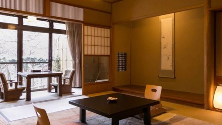 和室一例。ほっこりとした温もりあふれる和の空間で、お寛ぎください