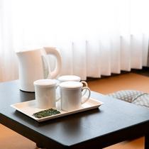 【客室アイテム】電気ケトル&お茶セット