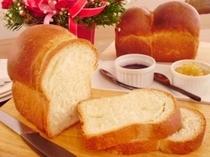 朝食(洋食)の自家製パン