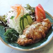 *【夕食一例】宮崎名物「チキン南蛮」