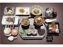 ■海鮮盛りだくさん蒸し物付き会席と、松茸の土瓶蒸し付き会席