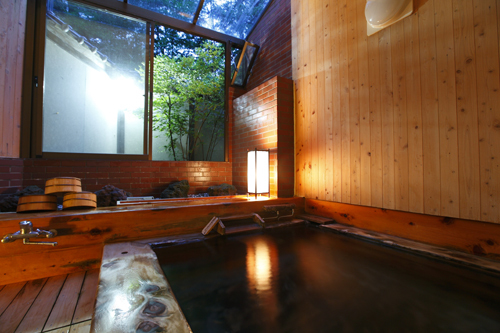 檜風呂(夜イメージ)・蓼科温泉