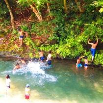 夏の川遊び♪