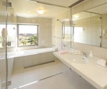 浴室(デラックス・スーペリアのみ)