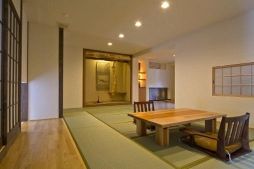 和洋室 24畳1階