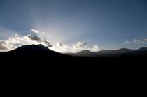 秋の空 高千穂ノ峰と夕日