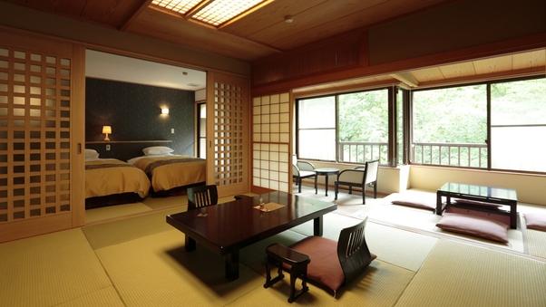 ベッドのあるお部屋(ツイン客室+ 10畳和室)【禁煙】