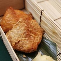 お夜食(稲荷寿司)