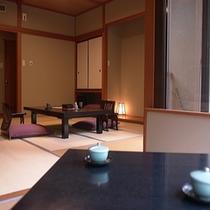 【小さなテラスのある客室】和10畳+和3畳+小さなテラス