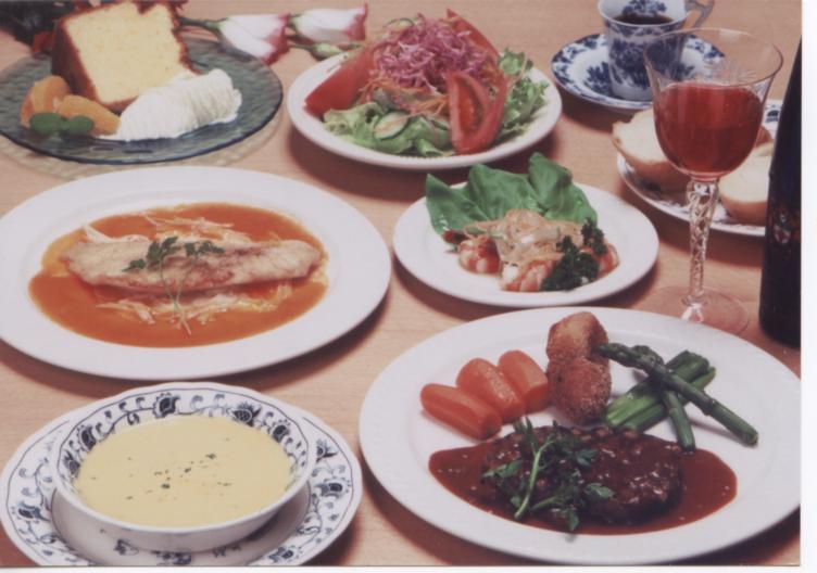 《夕食サンプル》