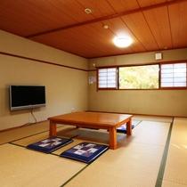 和室16畳のお部屋
