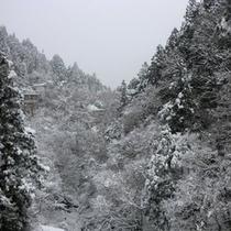 雪景色 左