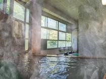 館内風呂・ひのき風呂