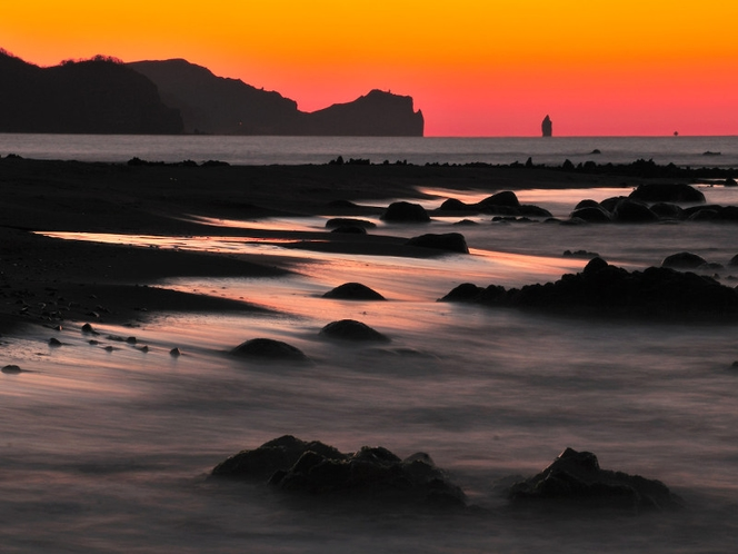 神威岬に沈む夕日
