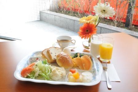 朝食盛り付け例 洋