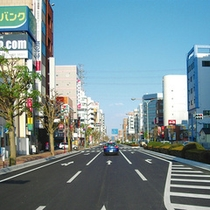 宇都宮駅東口よりホテルを望む