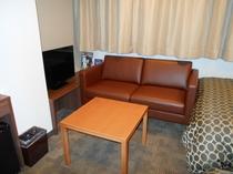 ツインルームのソファ