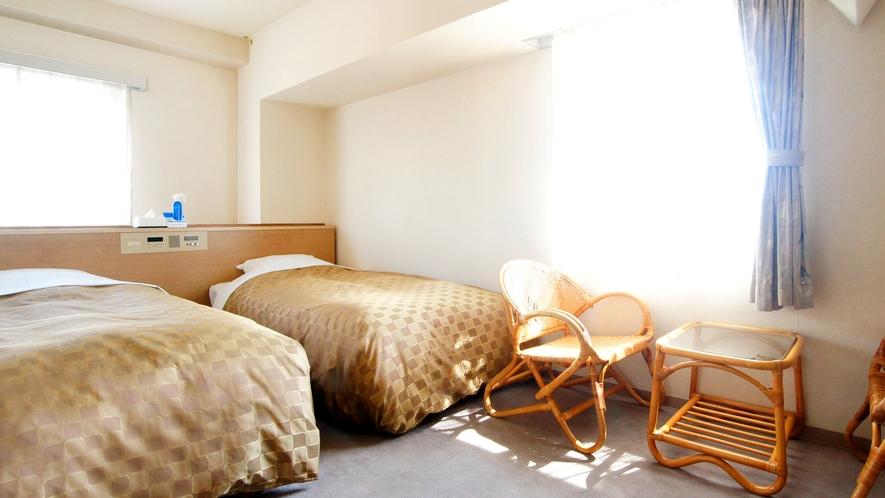 ツインルーム ベッドが2台に広々としたお部屋☆ 観光旅行に最適♪
