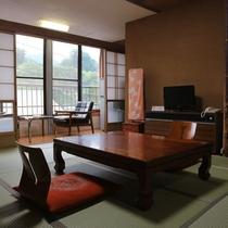 *【客室一例】畳のお部屋でのんびりと♪ごゆっくりおくつろぎいただける和室です。