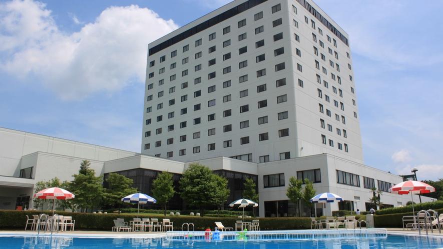 ホテル外観 夏(イメージ)