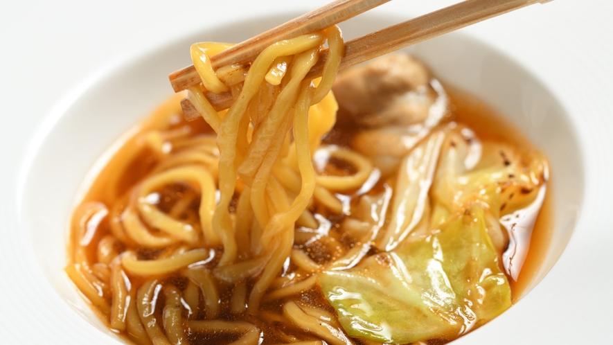 【夕食】ご当地グルメスープ入り焼きそば(イメージ)