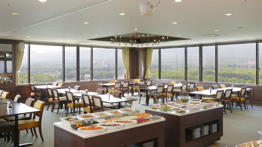 那須連山を一望できるパノラマビューが魅力のレストラン『天空の森』(イメージ)