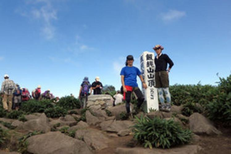 【登山】飯綱山登山。地元の小学校が学校行事で登る山。とは言え登山、サンダルやヒールでは絶対無理です