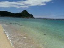 竹野浜。めちゃめちゃ綺麗な海水浴場。